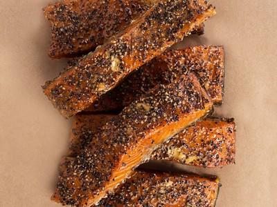 Smoked Salmon (Black Pepper)